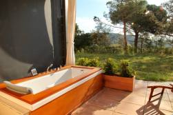 Sant Pere del Bosc outside bathtub.