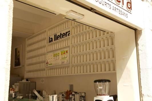 Girona latte store