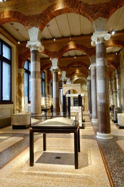 Neues Museum gallery