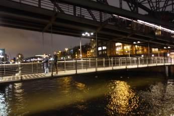 Speicherstadt bridge at night