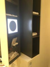 Das Stue cabinet open