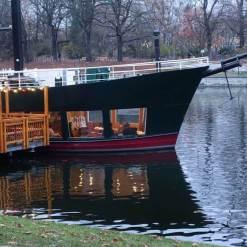 Kreuzberg boat cafe detail