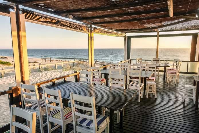 Restaurante Sal Comporta tables