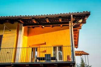 La Casa Gialla balcony