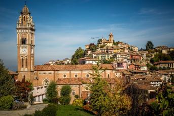 Monforte d'Alba town view