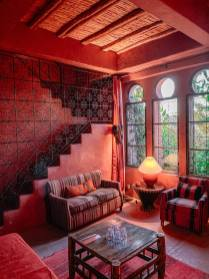 The whole theme of the suite was in a rich red, deep orange and light pink. Stunning.