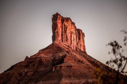 Gateway Canyons dawn on palisade