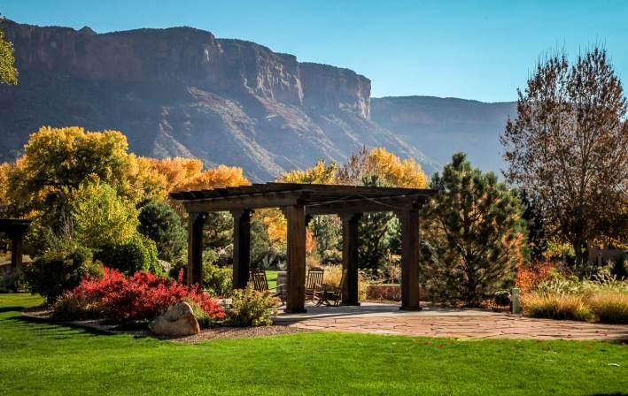 Gateway Canyons pergola