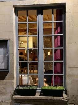 La Casiniere Caen window