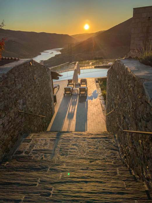 Vila Gale Douro sunrise shadows