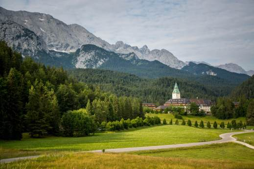 hotel review Schloss Elmau