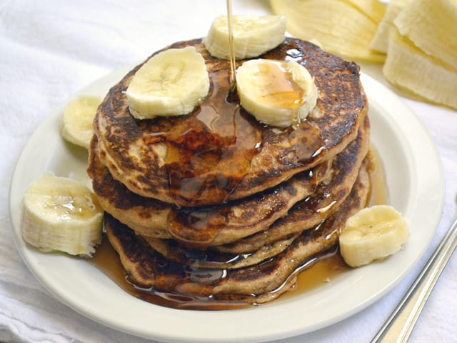 Oatmeal Pancakes syrup - cheap meal idea. Have breakfast for dinner!