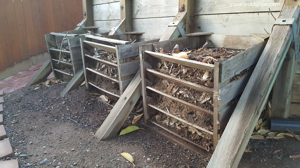 3 bin compost system using compost crates
