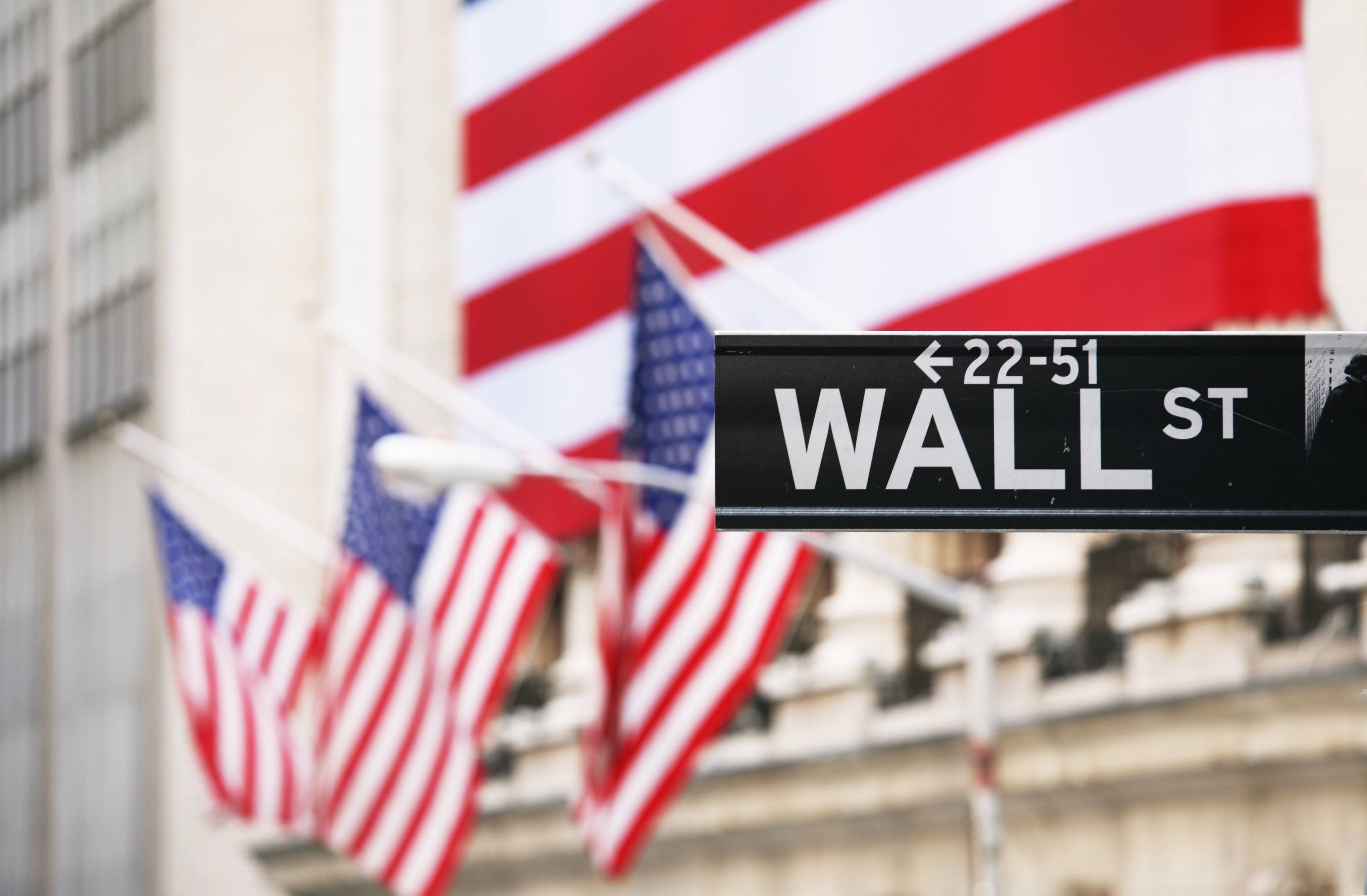 Update: Futures reverse with the Dow Jones likely to open lower