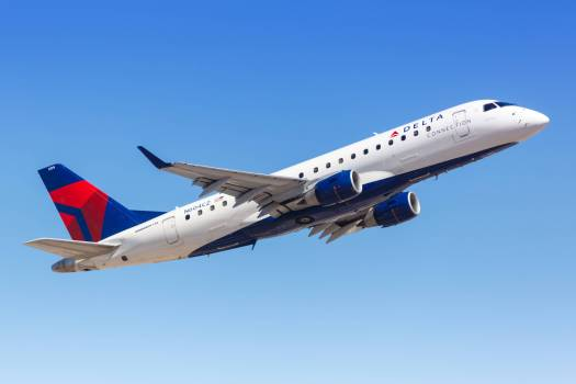 Delta Connection Embraer ERJ 175 Flugzeug
