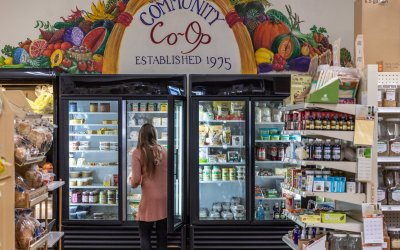 Food Pantry and Co-op have immediate need for volunteers