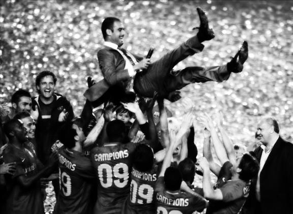 http://www.totalbarca.com/wp-content/uploads/2011/08/guardiola.jpg