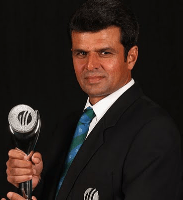 The Hat-trick of an Umpire - Aleem Dar | Youth Correspondent
