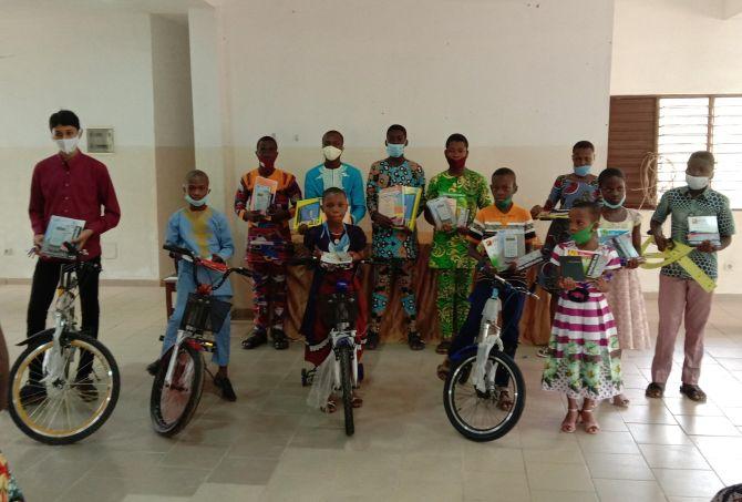 Gewinner des Mathematikwettbewerbs CAEB / Fondation VALLET