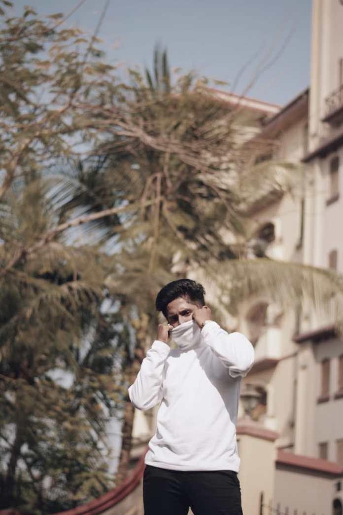 Vishnu Gouda aka thebombayblogger