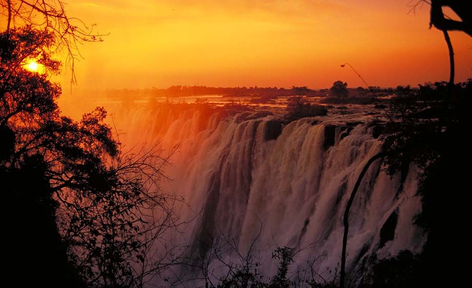 Victoria Falls Sunset Wallpaper 7 African Waterfalls You Should Visit Before You Kick The
