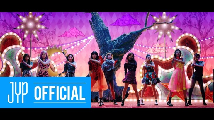"TWICE ""YES or YES"" M/V"