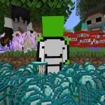 Minecraft Random Item Challenge VS 2 Hunters