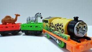 Thomas & Friends Fisher-Price Trackmaster Animal Party Percy!for kids yupyon