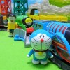 Thomas carry Doraemon at high speed!There are also Giant and Nobita!for kids!yupyon