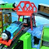 Thomas and friends run on the slopes and tunnels!for kids!yupyon
