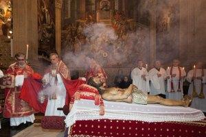 santo-entierro-patriarca-int4