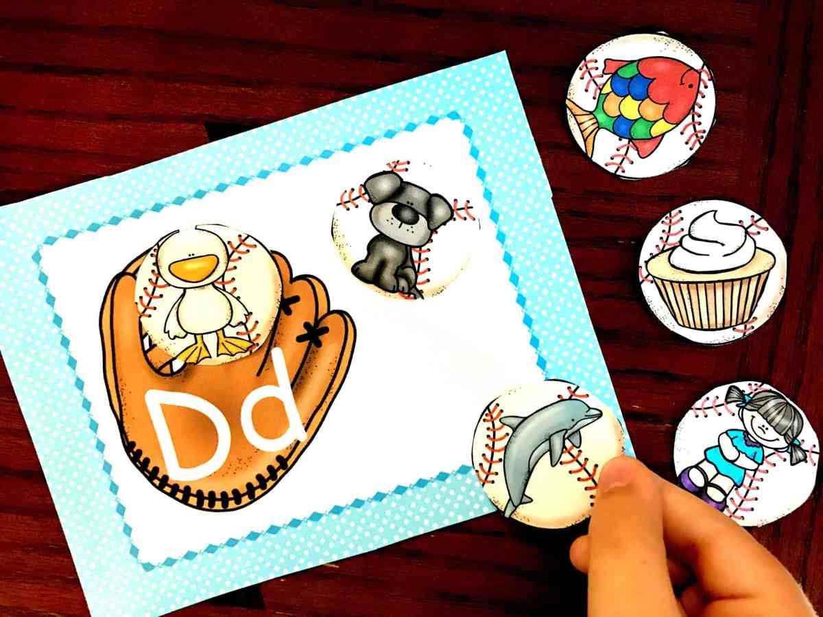 Get a FREE Alphabet Baseball Beginning Sound Sort