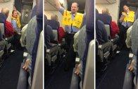 Uçuş Güvenliğini Erotik Şekilde Anlatıp Yolcuları Gülme Krizine Sokan Görevli