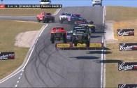 Süper Kamyonetler Perth Pistinde Yarışıyor! (Zıplayan Araçlar)