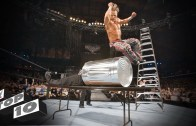 En İyi WWE Anları – Rakiplerini Kolayca Alt Ediyorlar!