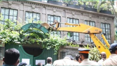 Photo of Bombay High Court raps BMC for demolishing Kangana's office with a mala fide intent