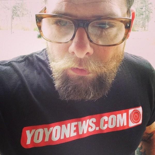 YoYoNews T-Shirts