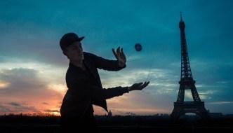 Around The World – Paris