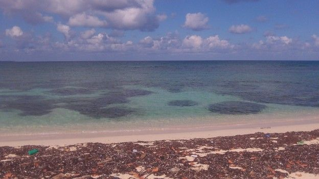 Très belle Playa del Coral ou vous pouvez pratiquer du snorkeling photo blog voyage tour du monde https://yoytourdumonde.fr