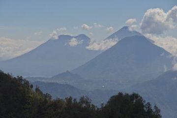 guatemala-lac-atitlan-voyage-travel