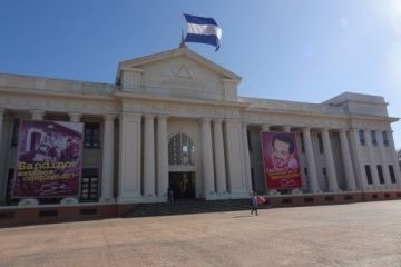 L'ancien palais présidentielle à Managua photo blog voyage tour du monde travel https://yoytourdumonde.fr