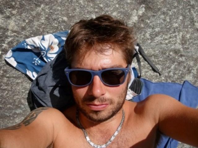 Australie-Queensland: Soleil, montagne, chaleur, riviere; L'occasion de laisser un peu la voiture et de prendre un bain de soleil.