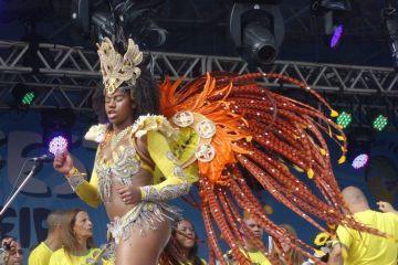 COUPE DU MONDE BRESIL 2014: Plage de Copacabana au Fifa Fan Fest