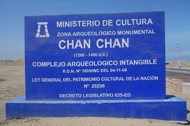 Perou- Chan Chan: Zone archeologique de Chan Chan.