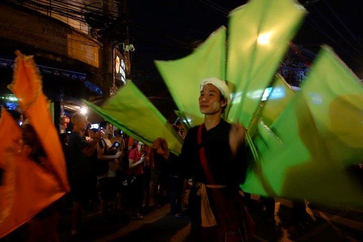 travel-voyage-chiang-mai-parade