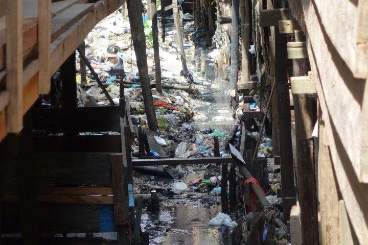 Perou-Iquitos: Quartier de Belen, la pollution, l'une des honte dans mon pays coup de coeur!!!