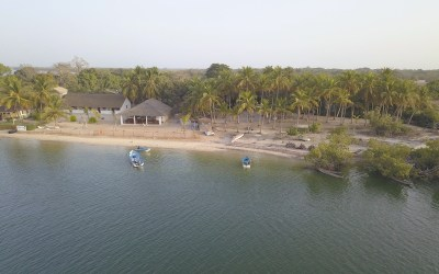 Vue aerienne en drone de l'ile des feticheurs ou ile d'Ehidje au Sénégal en Casamance photo bog voyage tour du monde http://yoytourdumonde.fr