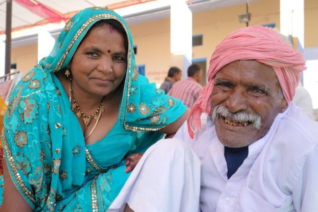 un mariage en inde peut durer plusieurs jours et avec des centaines d'invités selon la richesse de la famille photo blog voyage tour du monde https://yoytourdumonde.fr