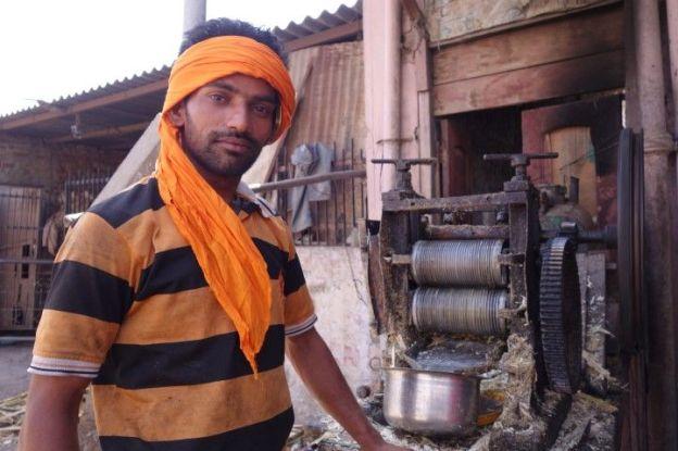 La couleur orange est omnipresente chez les sikhs photos blog voyage tour du monde amritsar https://yoytourdumonde.fr