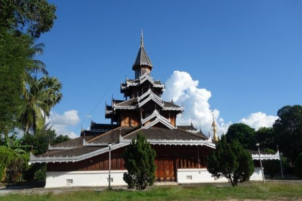 travel-voyage-thailande-bouddhisme-temple-bois